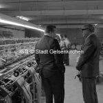 Eurovia Textil GmbH 1967 Besichtigung durch Oberbürgermeister Scharley // FS V 032475 ISG © Stadt Gelsenkirchen